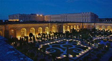 Help The Palace of Versailles Choose the Winning 3D