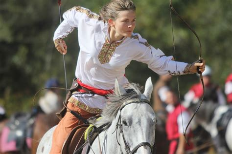 Horseback Archery: Strength, Courage and Precision at Full