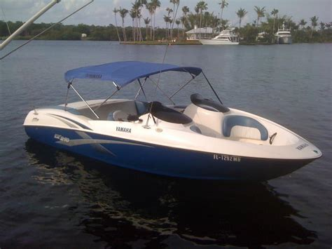 2003 Yamaha LX 210 powerboat for sale in Florida