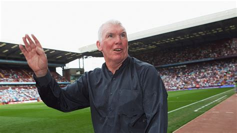 Former Thai coach Peter Withe: I want to manage Villa