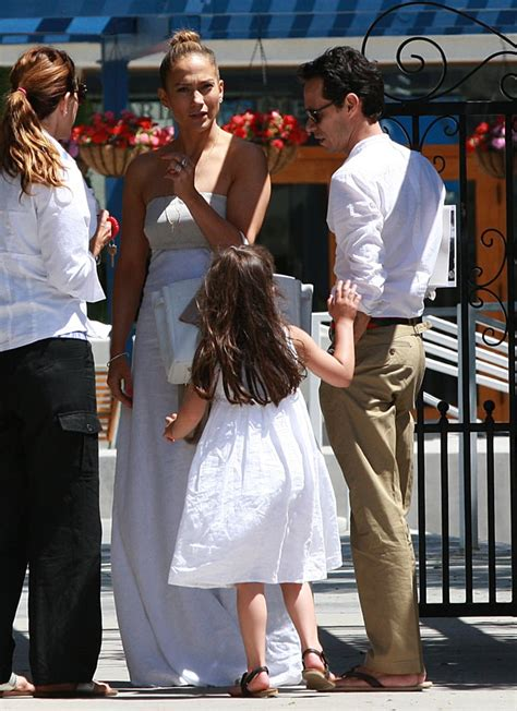 Jennifer Lopez and Marc Anthony With Their Kids   Photos