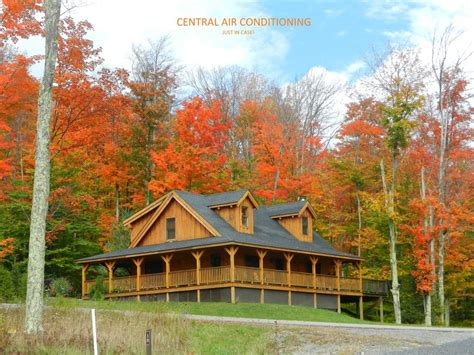 AUTHENTIC LOG CABIN--11 Acre Lake, Central AC, Hot tub