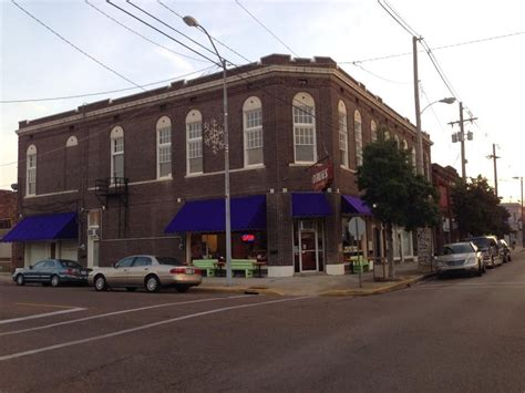 The Holy Moly -- Blues Central -- Downtown Clarksdale
